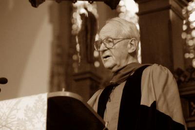 John Stott Preaching at Trinity's Commencement in 2003